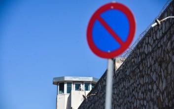 Τι απαντά η εταιρεία που επιτηρεί τους κατηγορούμενους με «βραχιολάκι» για την απόδραση