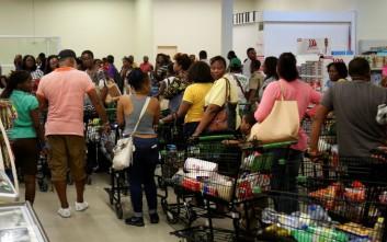 Ο κυκλώνας Μάθιου ενισχύεται και απειλεί την Καραϊβική