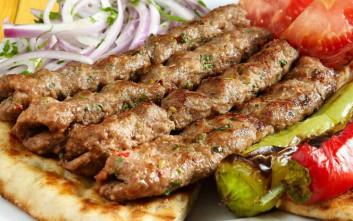 Πού θα φας το πιο ζουμερό κεμπάπ στην Αθήνα