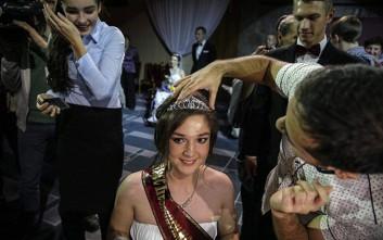 «Βασίλισσες της ομορφιάς» από τη Ρωσία στέλνουν ένα ξεχωριστό μήνυμα