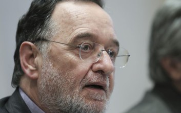 Αναβλήθηκε η δίκη του Παναγιώτη Λαφαζάνη και μελών του κινήματος «Δεν πληρώνω»