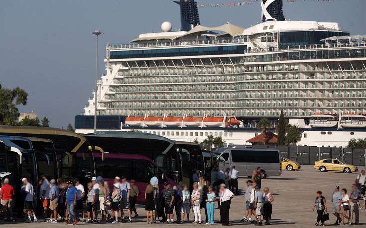 Αυξημένη η ακτοπλοϊκή κίνηση σε Πειραιά, Ραφήνα και Λαύριο