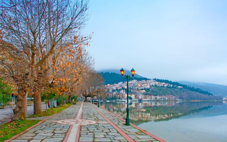 Πέντε λίμνες της Ελλάδας σε φόντο φθινοπωρινό