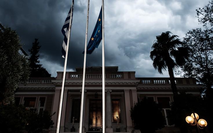 Στελέχη ΣΥΡΙΖΑ: Καταρρέει και το δημοσκοπικό αφήγημα του Μητσοτάκη
