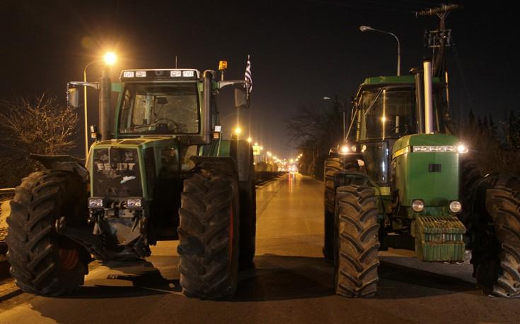 Στους δρόμους κατεβαίνουν οι αγρότες σε Άρτα και Πρέβεζα