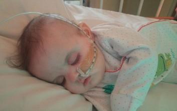 Σε ηλικία 21 εβδομάδων περιμένει μεταμόσχευση καρδιάς για να ζήσει