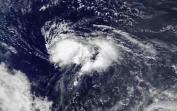 Απειλεί τις Βερμούδες ο τυφώνας Νικόλ