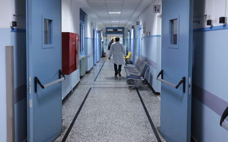 Ομαδική τροφική δηλητηρίαση μαθητών που ήρθαν εκδρομή στην Αθήνα