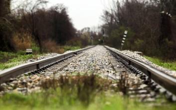 «Αιφνιδιαστική και απροειδοποίητη απεργία» σε προαστιακό και τρένα