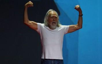 Ο 80χρονος παππούς που... οργώνει την πασαρέλα