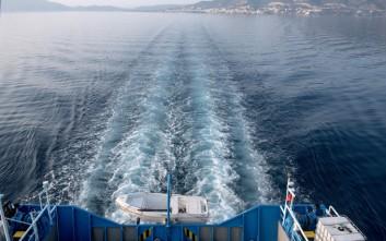 Με το «Naxos Jet» εξυπηρετούνται οι επιβάτες του «Champion Jet 2»