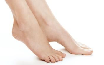 Σπιτική συνταγή για απαλά πόδια
