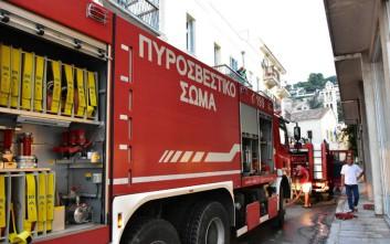Υπό έλεγχο η φωτιά στο κέντρο φιλοξενίας προσφύγων στο Κουτσόχερο