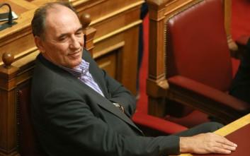 Σταθάκης: Η πρόταση της κυβέρνησης για τους συμβασιούχους είναι η καλύτερη νόμιμη