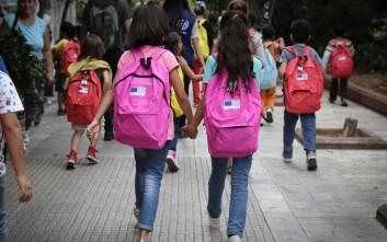 Ξεκινά και για τα προσφυγόπουλα η νέα σχολική χρονιά: Περίπου 100 νέες εγγραφές