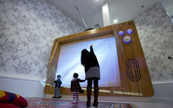Τι ισχύει για την έκθεση των μικρών παιδιών στην τηλεόραση