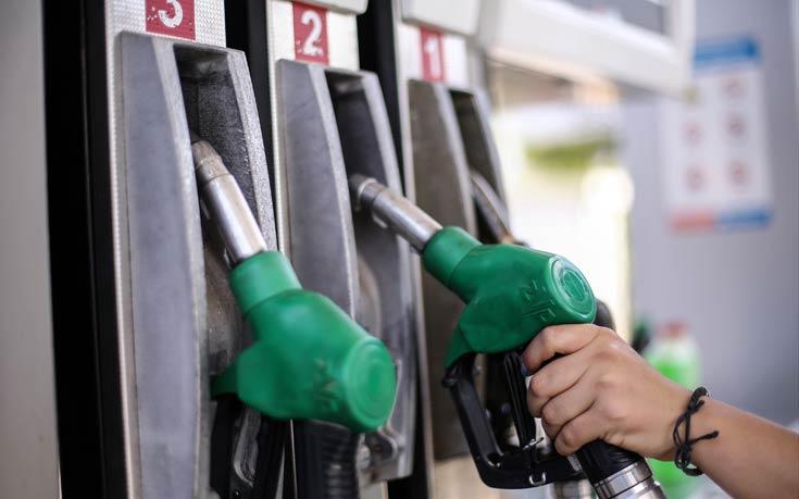 Πόσο αυξάνονται βενζίνη και πετρέλαιο κίνησης