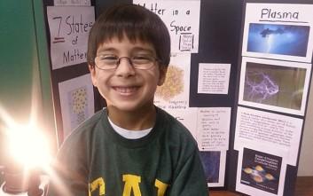 Ιδιοφυΐα ετών 9 θέλει να γίνει αστροφυσικός για να αποδείξει πως υπάρχει Θεός