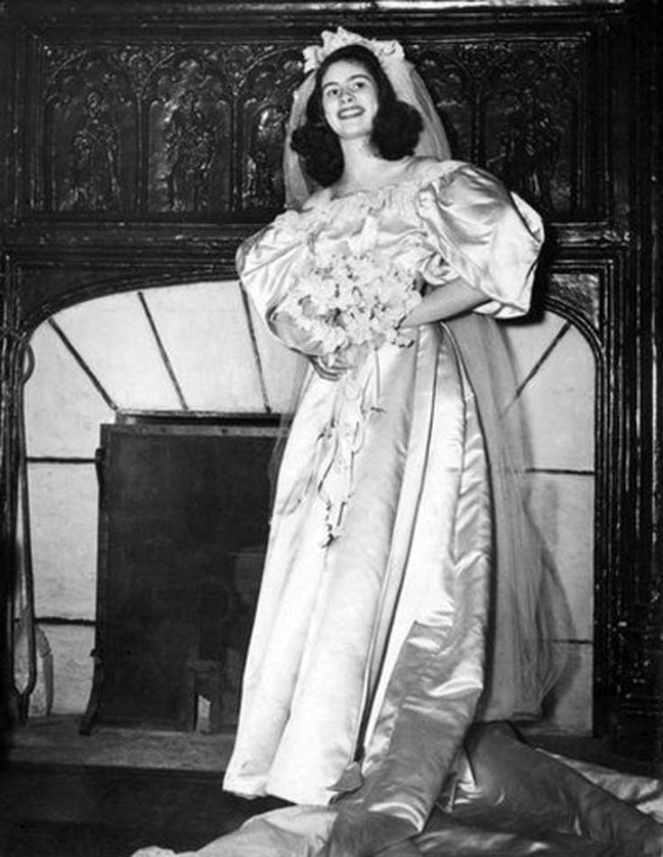 woman-dress