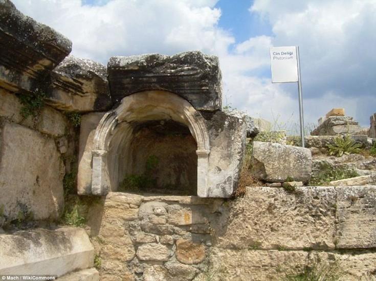 Πύλη του Πλούτωνα, Τουρκία