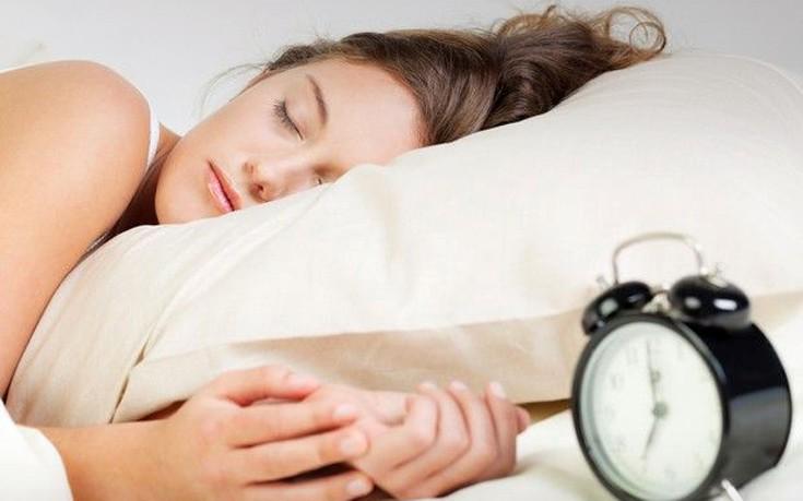 Δεν αναπληρώνεται το Σαββατοκύριακο ο ύπνος που χάθηκε μέσα στην εβδομάδα