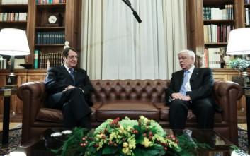 Τηλεφωνική επικοινωνία Παυλόπουλου - Αναστασιάδη για το Κυπριακό