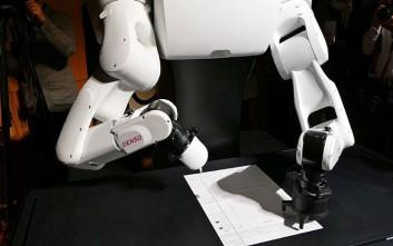 Ρομπότ έδωσε εξετάσεις και... κόπηκε