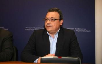Φάμελλος: Η κυβέρνηση βρίσκεται σε αγαστές και διαπλεκόμενες σχέσεις με τα συμφέροντα