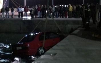 Νεκρός ο οδηγός του οχήματος που έπεσε στη θάλασσα στο Φάληρο