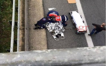 Γιος πρώην βουλευτή έπεσε από γέφυρα