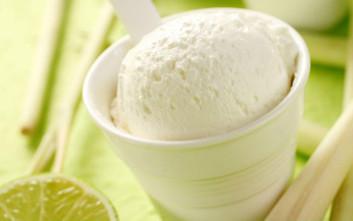 Η Kayak κάθε μήνα μας προτείνει μια διαφορετική γεύση παγωτού