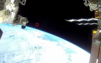 Το βίντεο που πυροδότησε νέες θεωρίες συνωμοσίας για την ύπαρξη UFO