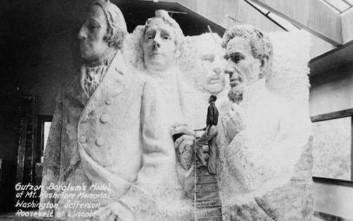 Ιστορικά ντοκουμέντα μέσα από 12 συγκλονιστικές παλιές φωτογραφίες