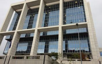 Αθώοι τρεις Έλληνες για κύκλωμα διακίνησης πλαστών εγγράφων