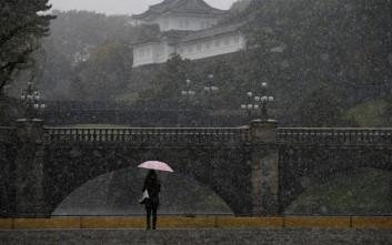 Χιόνισε μήνα Νοέμβριο στο Τόκιο ύστερα από μισό αιώνα