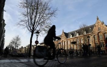 Συγκλονίζει την Ολλανδία η εν ψυχρώ δολοφονία 17χρονου μπροστά σε 6χρονα παιδιά