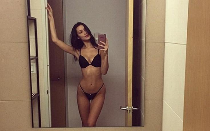 Το «ζέσταμα» της Bella Hadid πριν το σόου της Victoria's Secret