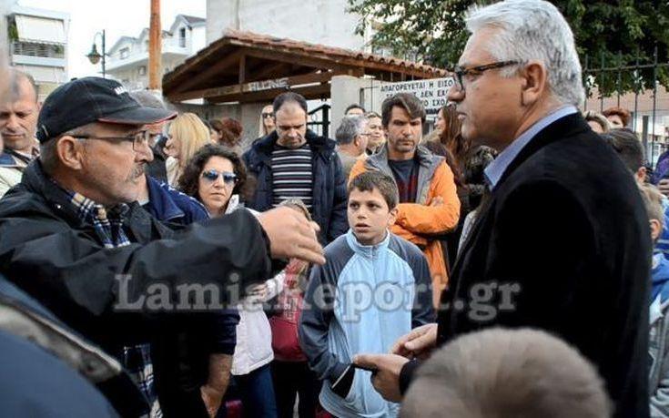 Σφοδρές αντιδράσεις για τη φοίτηση προσφύγων σε σχολείο της Λαμίας