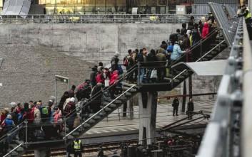 Την επανέναρξη μεταφοράς προσφύγων προς την Ελλάδα προτείνει η Ε.Ε.