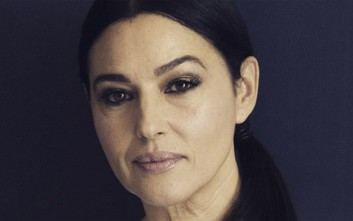 Μόνικα Μπελούτσι, η επιτομή της ώριμης ομορφιάς