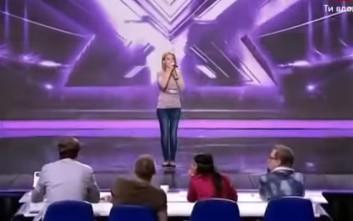 Κριτές διέκοψαν διαγωνιζόμενη σε ριάλιτι γιατί δεν πίστευαν ότι έχει τόσο υπέροχη φωνή