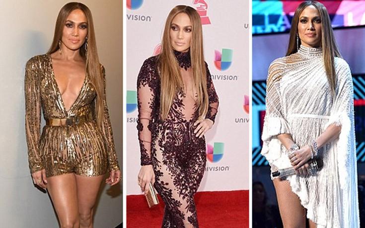 Τρία σύνολα σε ένα βράδυ άλλαξε η Jennifer Lopez