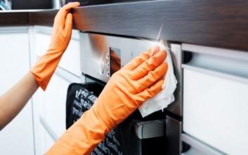 Οι τρεις κυριότερες εστίες μικροβίων στην κουζίνα
