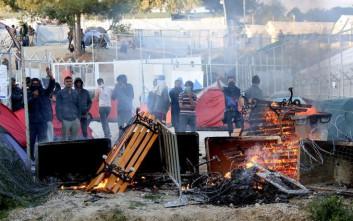 Τραυματίες και σοβαρά επεισόδια στον καταυλισμό της Μόριας Λέσβου