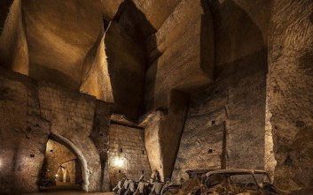 Το μυστηριώδες δίκτυο τούνελ κάτω από τη Νάπολη