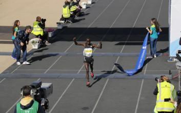 Ο Κενυάτης Ρότις Λουμπουάν πρώτος στον Μαραθώνιο