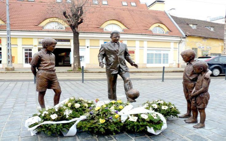 puskas_statue