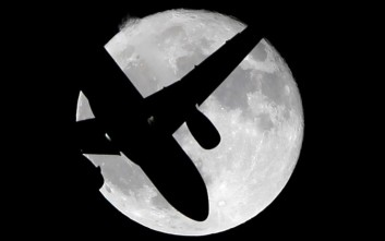 Επιφωνήματα θαυμασμού σε όλο τον κόσμο στο θέαμα της υπερ Σελήνης