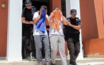 Δεν θα αφεθούν ελεύθεροι οι 8 τούρκοι στρατιωτικοί για λόγους εθνικής ασφάλειας
