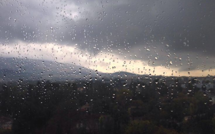 Έκτακτο δελτίο επιδείνωσης του καιρού με καταιγίδες, ανέμους και χαλάζι